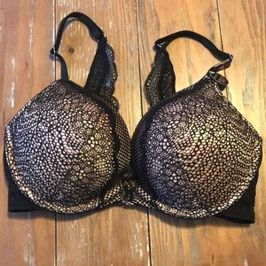 NEW VS Bombshell Push Up Bra - 32C